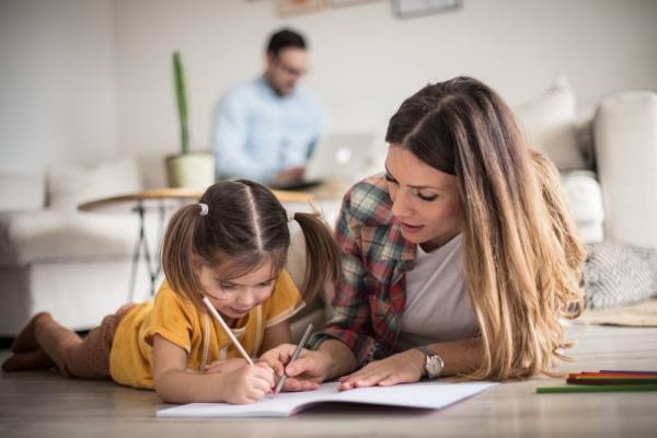 В Пенсионном фонде напомнили о завершении оформления выплат на детей