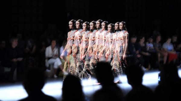 Прямая трансляция Миланской недели моды