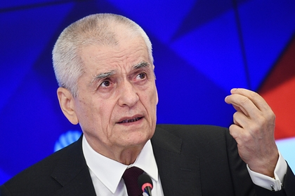 Онищенко оценил необходимость введения ограничений из-за коронавируса