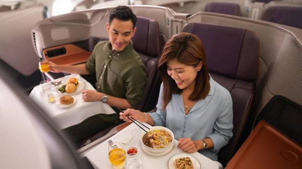 Singapore Airlines из-за пандемии временно переоборудовала два самолета Airbus A380в рестораны