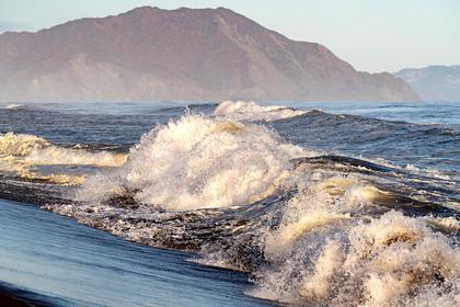 Ученые обнаружили пятно загрязнения уберегов Камчатки