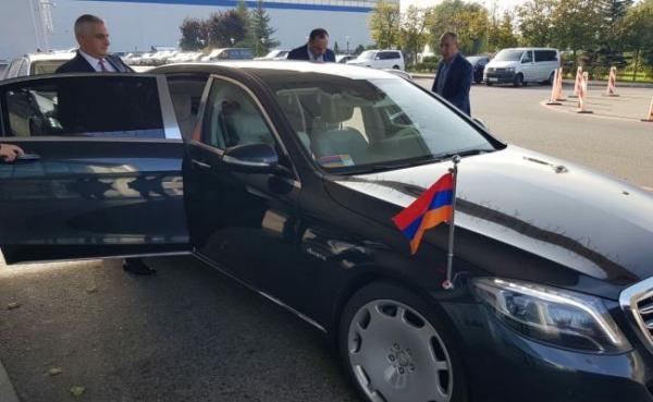 Вице-премьер Армении прибыл сконфиденциальным визитом вМоскву (фото)